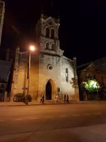 St. Jospeh von außen bei Nacht
